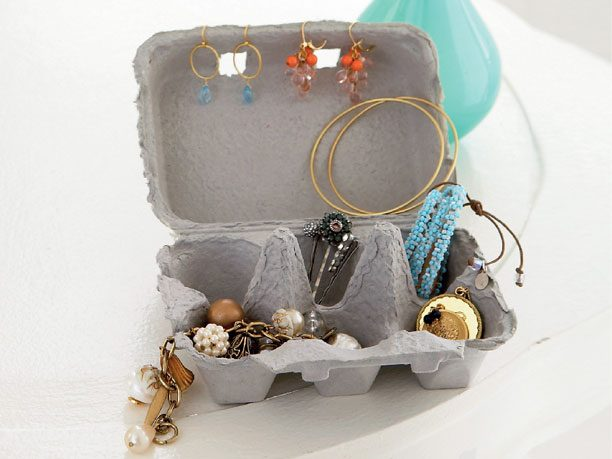 Egg Cartons and Ice-Cube Trays Make Cute Jewelry Boxes