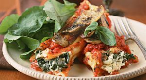 Spinach-Stuffed Manicotti with Mushrooms