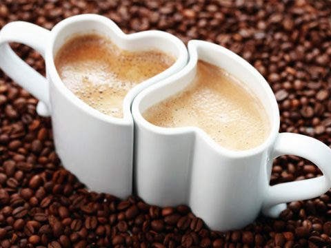 Create A Gift Basket With Two Mugs And Pound Of The Couples Favorite Coffee If Couple Doesnt Drink Replace Tea Or Their