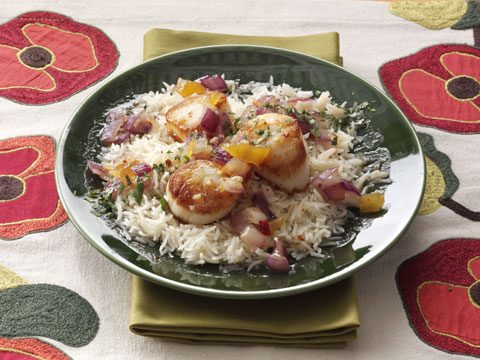 5. Spicy Mango Scallops