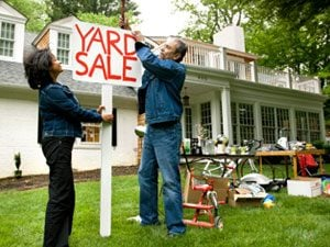 10 Dos and Don'ts of a Successful Garage Sale