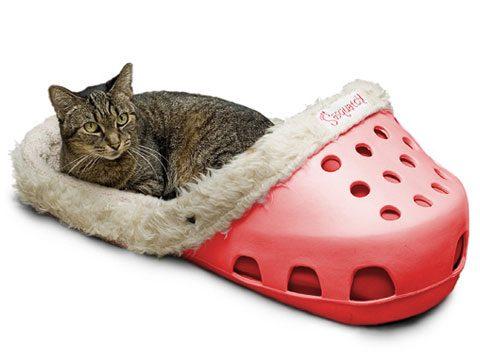Sasquatch!® II Firehouse Pet Bed