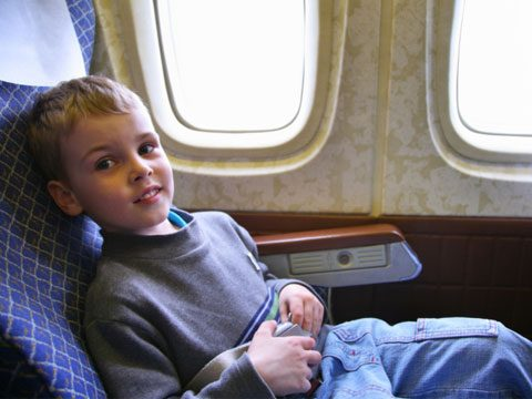 flight attendants keep secrets about annoying child passengers