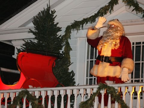 Dearborn, Michigan: Holiday Nights at Greenfield Village