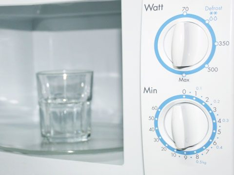 cleaning tips, microwave water