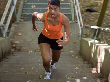 1-minute fat releasing workouts climbing stairs