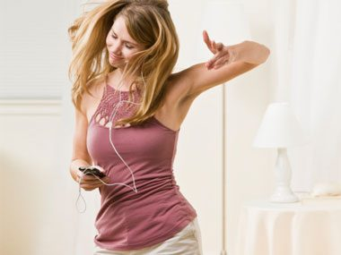 1-minute fat releasing workouts dancing