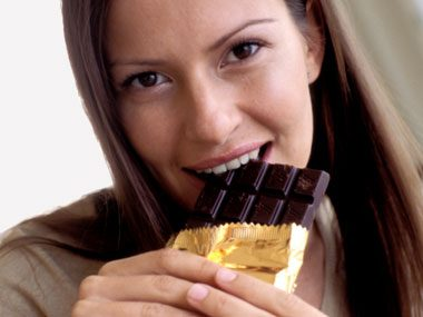 2. A Daily Dose of Chocolate Can Trim Your Waistline