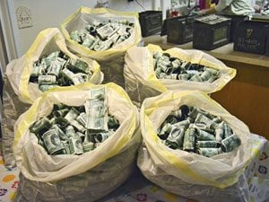 What It's Like to Find a Stash of Cash…and Return It