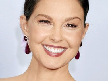Celebrity Tweets: Ashley Judd