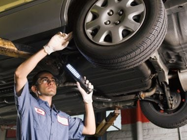 more auto mechanic secrets, inspecting tire