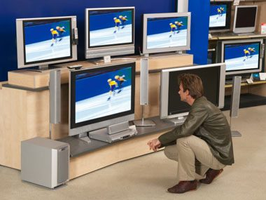 TV Sales Secrets - What Your TV Salesman Won\'t Tell You | Reader\'s ...