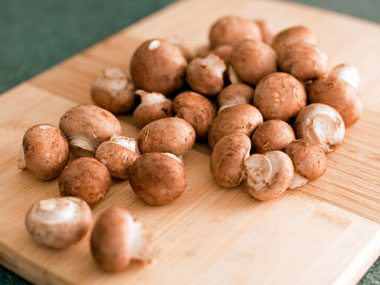 foods that fight sun damage, crimini mushrooms