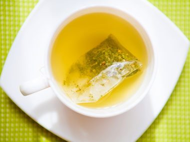 foods that fight sun damage, green tea