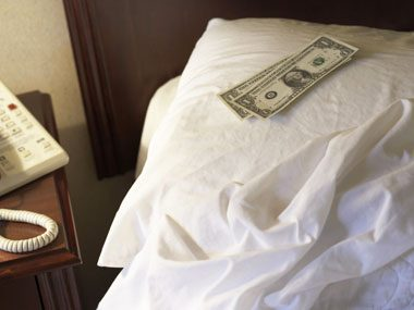 hotel desk clerk secrets, tip