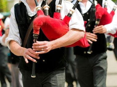 Olympic jokes, bagpipes