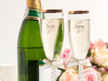 more wedding planner secrets, toasting glasses