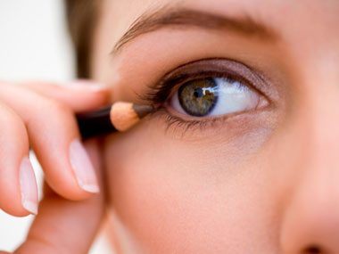 beauty tricks, eyeliner