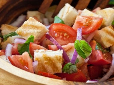 foodie things to try before summer ends, grilled cheese panzanella