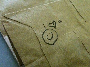 Pack a...Creative love note