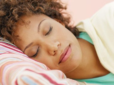 How to repair skin while you sleep:
