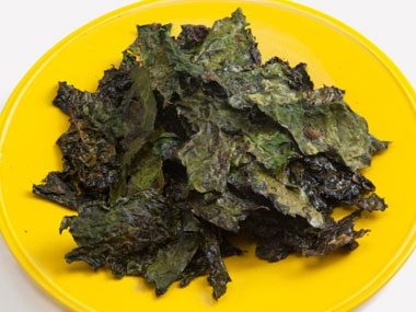 snack craving options, kale chips