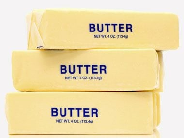 Q: Paula Deen adds  butter by the stick to  her meals. Did she get diabetes because of her diet?
