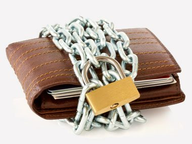 secrets of self-made millionaires, locked wallet