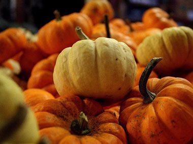 Hang an autumn garland
