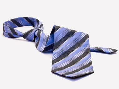 clothespin tricks, tie