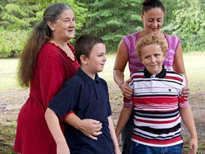 Norma Jean Williams, Barbara Locker and sons Robert and Ryan Wood
