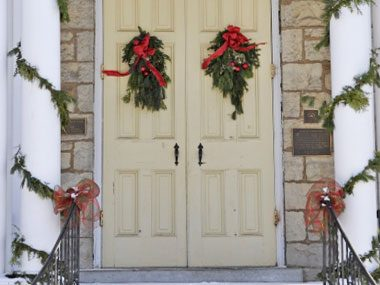 try two wreaths