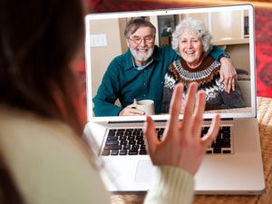Using Technology to Help Care for Your Aging Parents