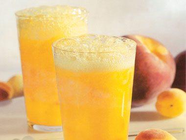 Mango, Peach, and Apricot Fizz (Nonalcoholic)