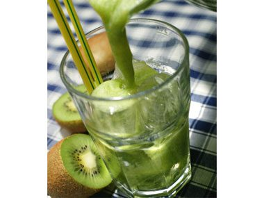 Healthy smoothies have plenty of ice.