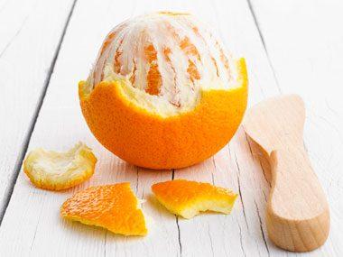 Orange peel naturally cleans water spots