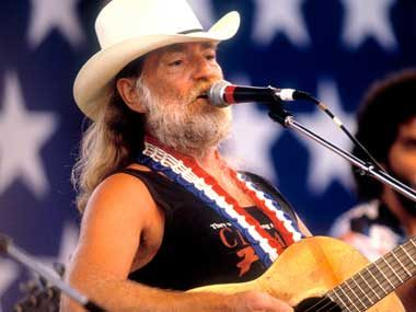 Willie Nelson Has More Friends Than You