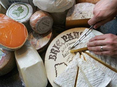 Most cheeses are naturally gluten free.