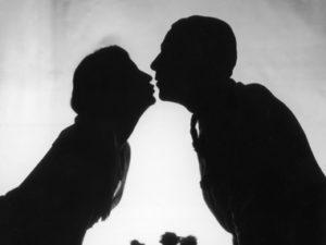 kissing on sunday
