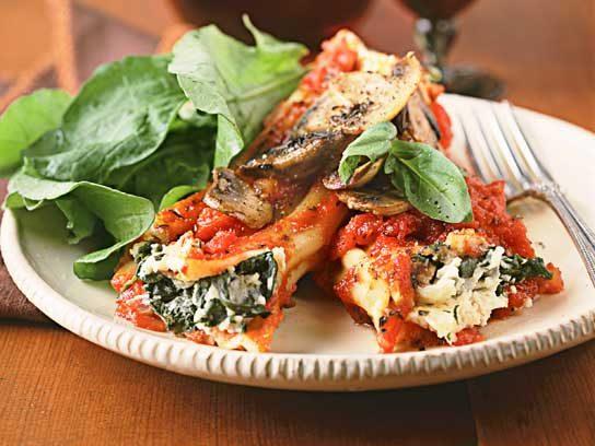 Spinach-Stuffed Manicotti with Mushrooms Recipe
