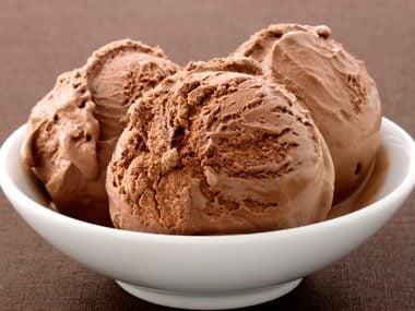Chocolate lovers are flirtatious.