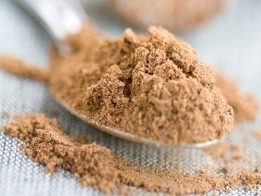 Erase Acne: Ground Nutmeg