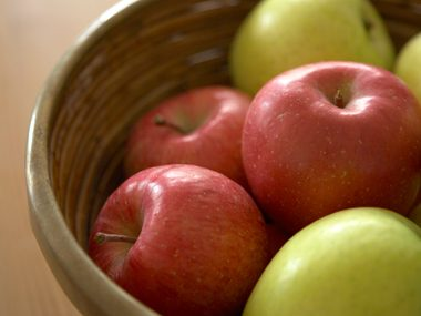 Health Benefit: Apples prevent high blood pressure.