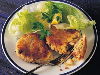 Crispy Crab and Shrimp Cakes