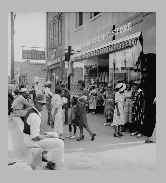 <i>Saturday Afternoon Shopping and Visiting on Main Street of Pittsboro</i>. North Carolina, 1939