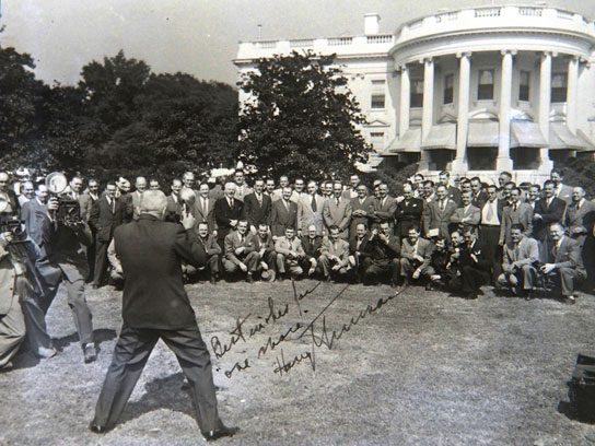 President Truman snaps a winning shot, 1947