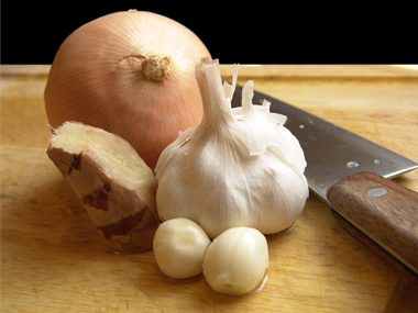 Garlic, Onions, and High-Fiber Cousins