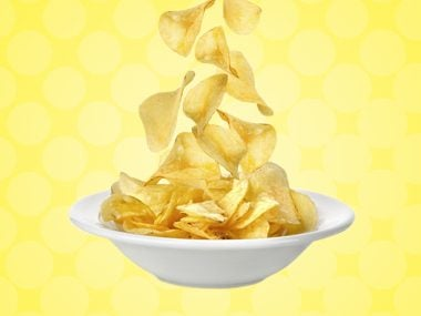 Can you control your food intake during meals, but lose it when you start to snack, especially on chips and crackers?