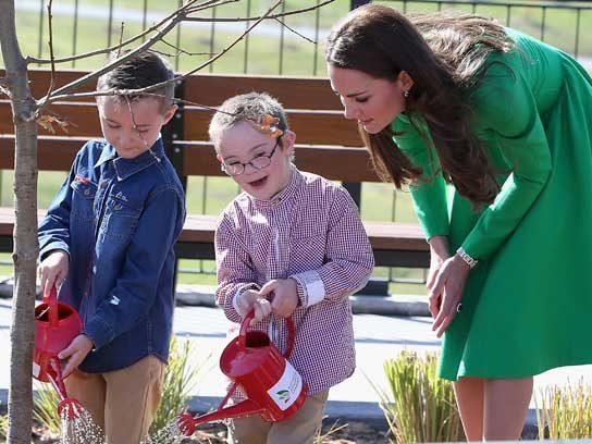 Royals plant one on Australia.