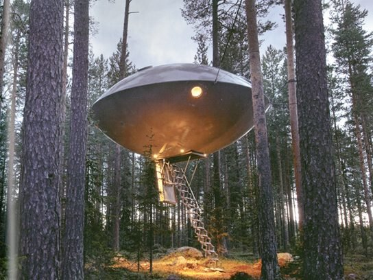 treehouses UFO